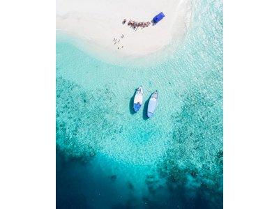 Zonnige Maldiven II by Ishan