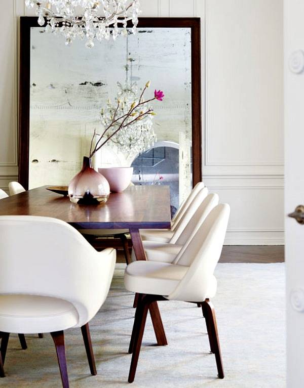 Eettafel met staande spiegel, de sfeervolle combinatie!