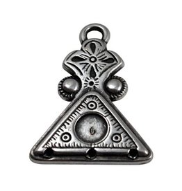 CDQ pendent triangle silver plating