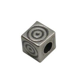 CDQ kraal 6mm vierkant spiraal