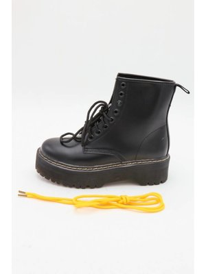 CHUNKY DR BOOTS | black