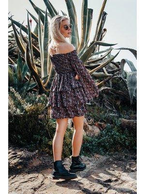 Colourful Rebel 6115 - SANSA DITZY FLOWER RUFFLE DRESS BLACK