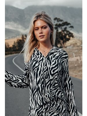 Colourful Rebel 6112 Loosefit Zebra Print blouse