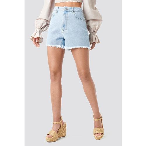 NA-KD 1018-002616 High Waist Raw Hem Denim Shorts // LIGHT BLUE