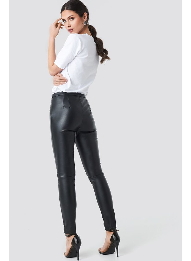 1018-002532 PU Raw Hem Skinny Leggings, Black