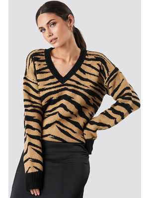 NA-KD ZEBRA V-NECK KNIT 003395
