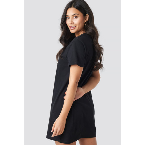 NA-KD BABE T-SHIRT DRESS 1100-001718 | black