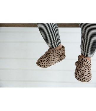 Mockies FIRST STEPS | speckle sand