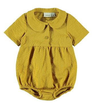 name it NBFHAYA ss suit 13182253 - amber gold