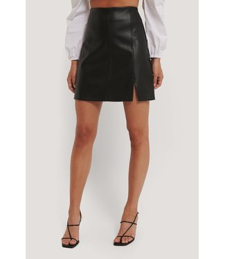 NA-KD Mini slit skirt 1100-003413 - black