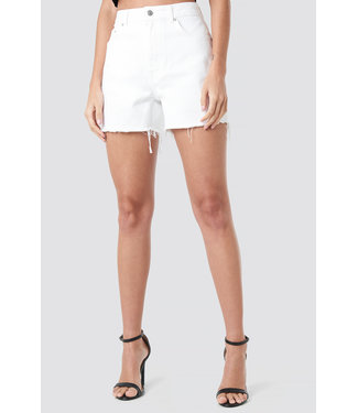 NA-KD 1018-002616 High Waist Raw Hem Denim Shorts // WHITE