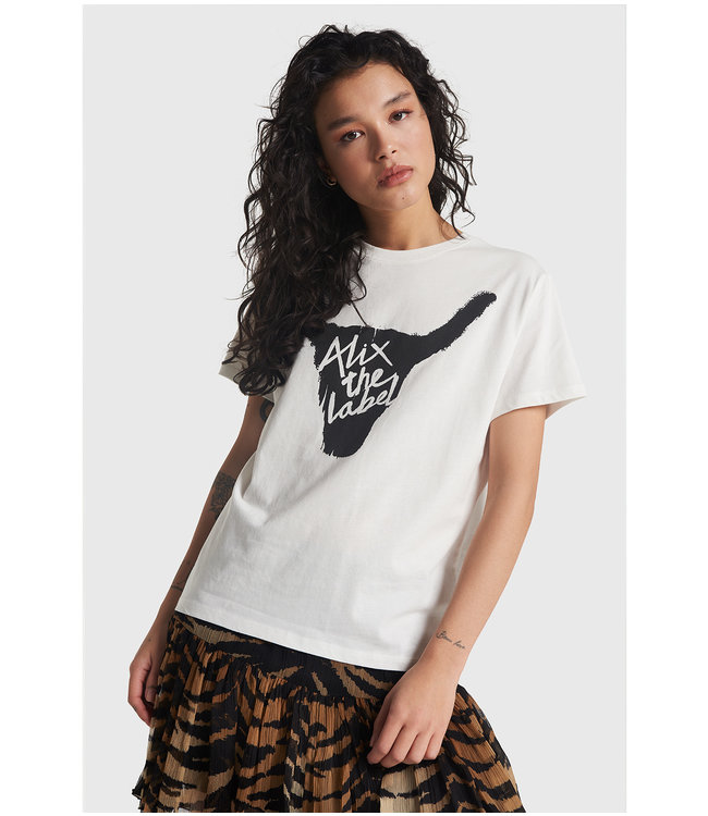 knitted Alix bull t-shirt soft white