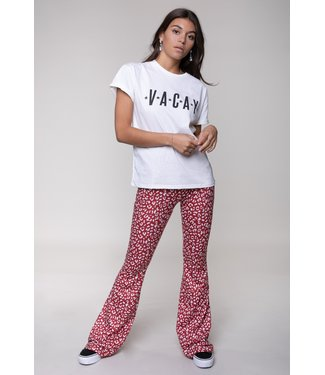 Colourful Rebel 10331 - Vacay Boxy Tee Offwhite