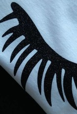 T-shirt Eyelashes