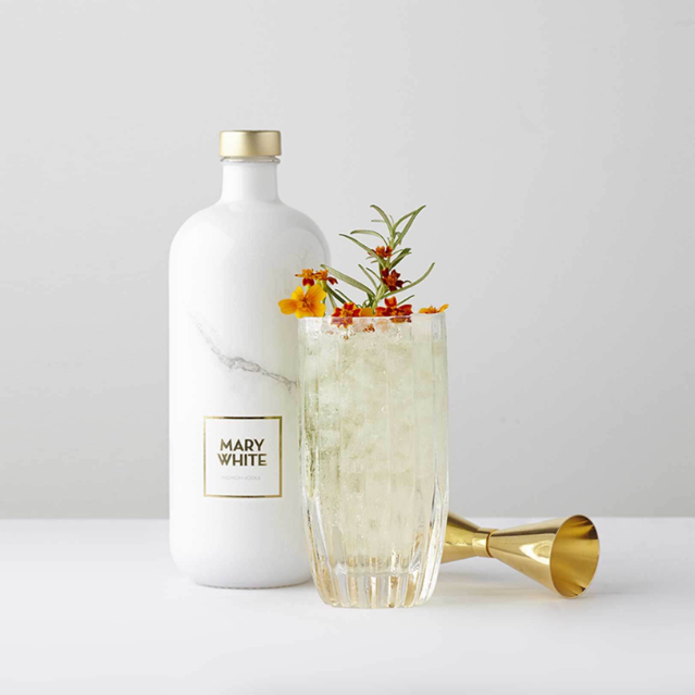 Mary White Mary White | Queen of Vodkas | 700 ml | 40º | Flanders Fields | Belgium