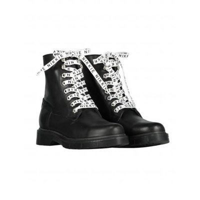 NIKKIE Branded lace boots