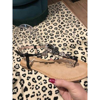 Jaimy Luxurious sandals black