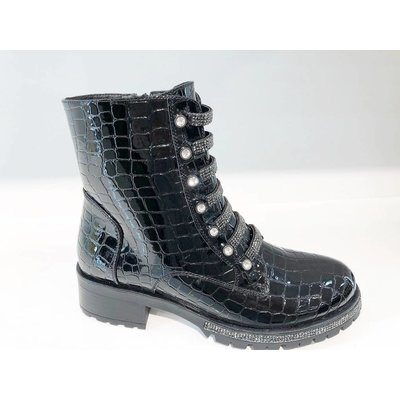 Jaimy Diamond snake booties