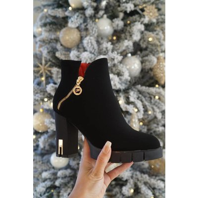 Jaimy Rox ankle boots