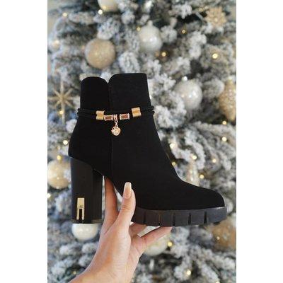 Jaimy Lourdes ankle boots