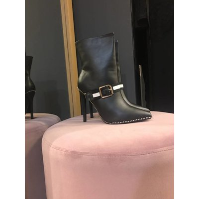 Jaimy Booming ankle booties
