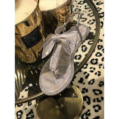 Jaimy Diamond bow sandals BEIGE