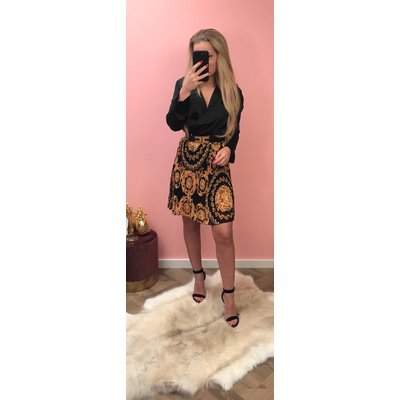 Jaimy Inspirite PLISSE skirt BLACK