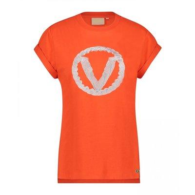 Josh V Dora v t shirt lipstick red