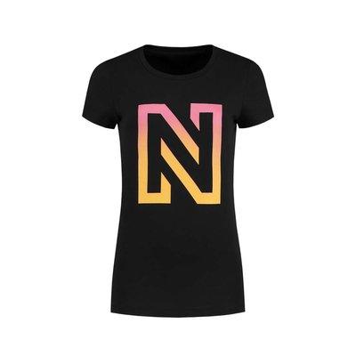 NIKKIE N logo degrade t shirt