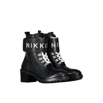 NIKKIE Branded strap boots black silver