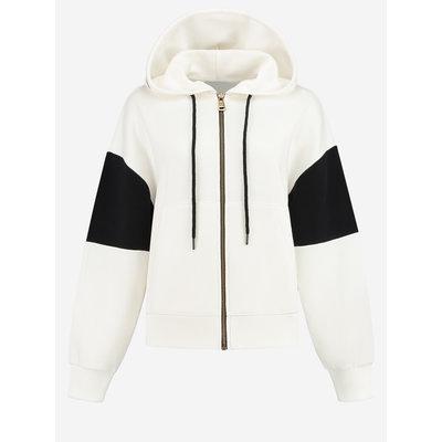 NIKKIE Adventurous hooded jacket