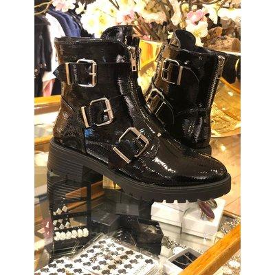 Jaimy Triple buckle boots LIMITED LAK