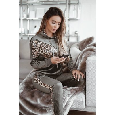 Jaimy Velvet sequin Leopard tracking suit army green