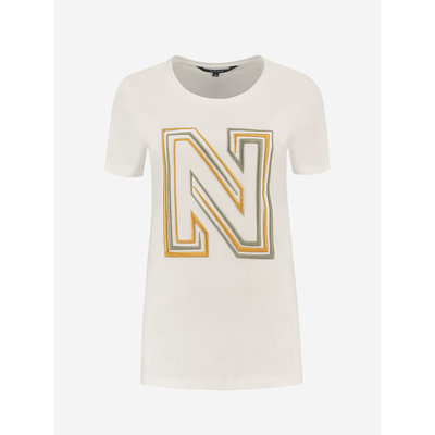 NIKKIE N logo embroidery t shirt white