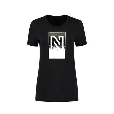 NIKKIE Splatter N logo t shirt black