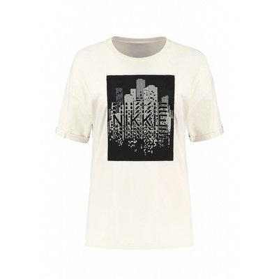 NIKKIE Nikkie skyline t shirt creme