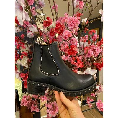 JAIMY Hailey studs boots