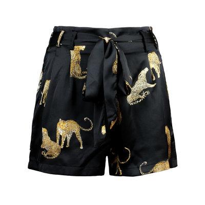 JAIMY Satin look leopard printed shorts