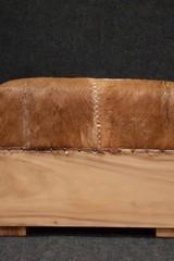 Geitenhuid poef 45x60x48cm
