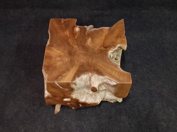 Wortelhout salontafel 50x50x45cm IJ01G-2051
