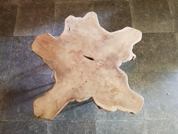 Salontafel op pinpoot 70x75x32cm RI2123-303
