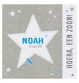 Belarto Welcome Wonder Geboortekaart met voetjes en zilveren sterretjes voor jongetje