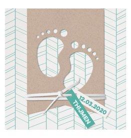 Belarto Welcome Wonder Geboortekaart met voetjes in modern kraft papier