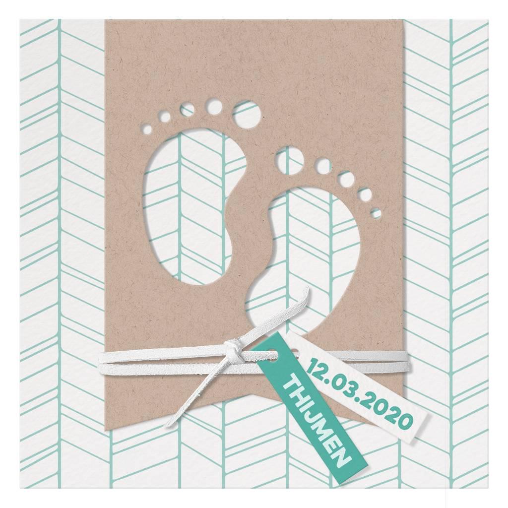 Belarto Welcome Wonder Geboortekaart met  voetjes in modern kraft papier (717033)