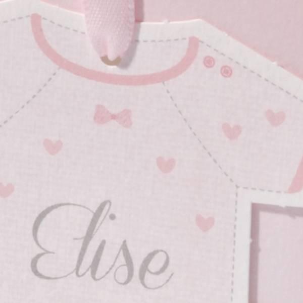 Familycards Klein Wonder Geboortekaartje rompertje aan roze lint (63551)