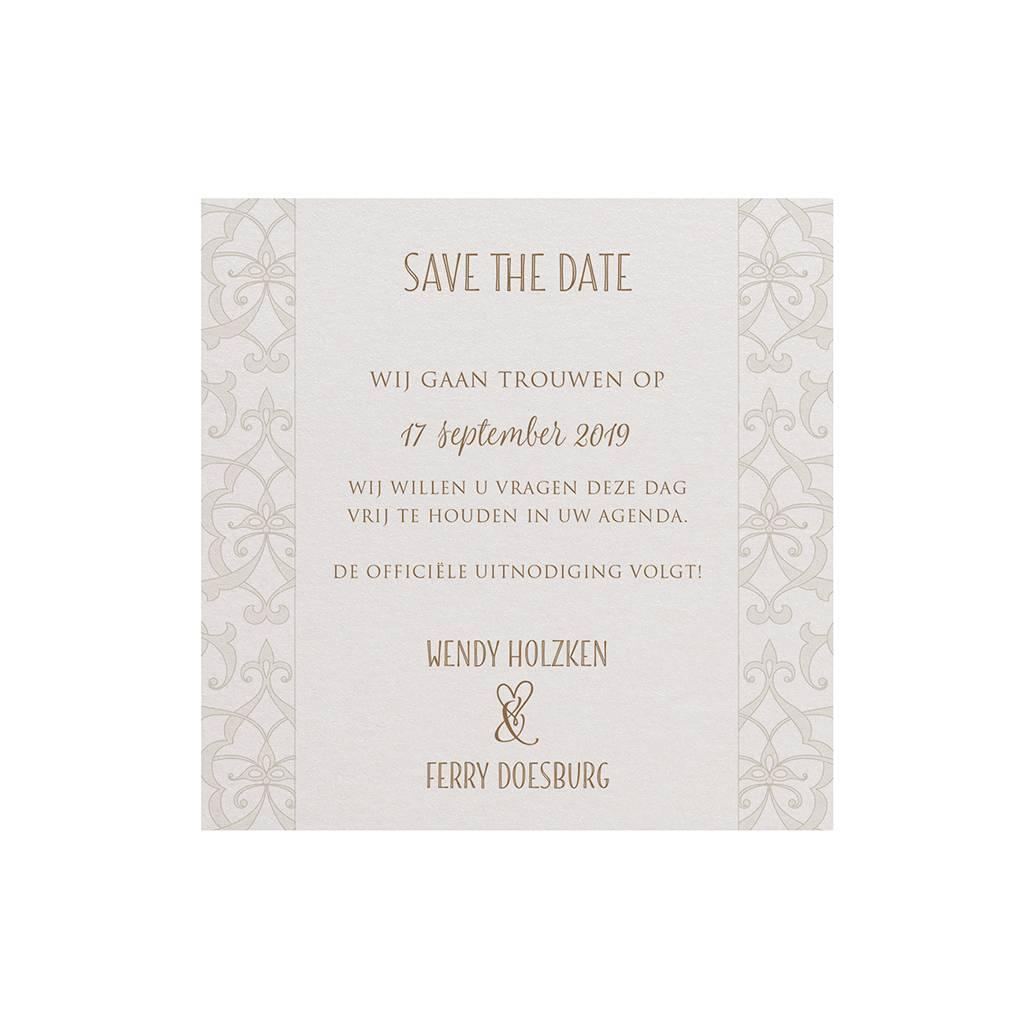 Belarto Bohemian Wedding Save the date bij trouwkaart met parelmoer band en veertje (727529)