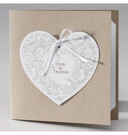 Buromac La Vie en Rose Vierkante eco trouwkaart met hart in kantmotief