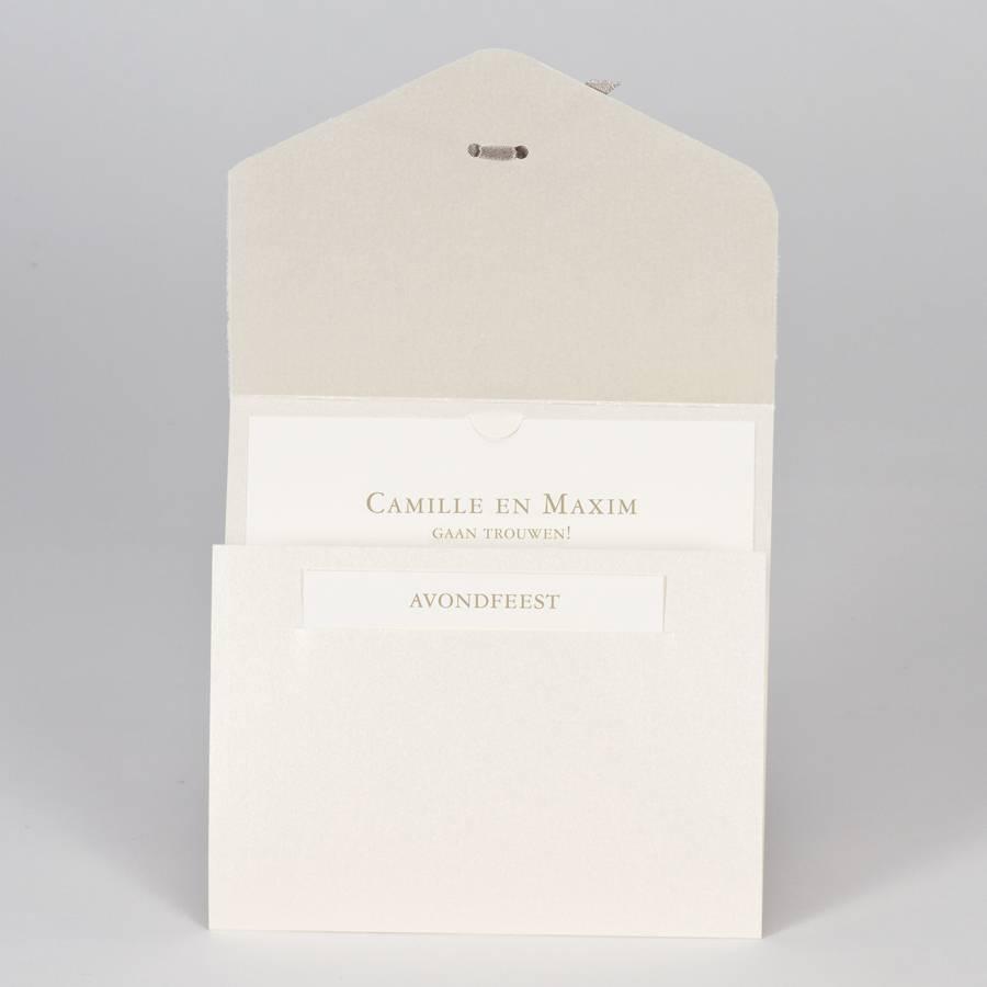 Buromac-Papillons Elegante trouwkaart met kantmotief in flock - beige (108116)