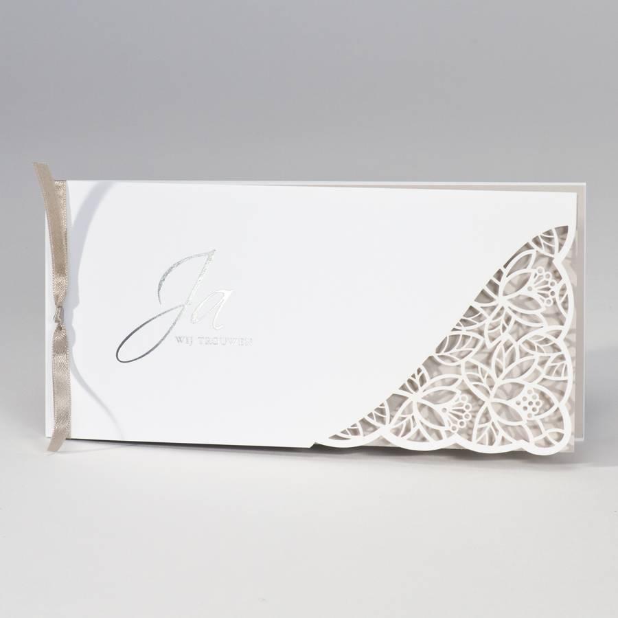 Buromac-Papillons Langwerpige witte trouwkaart met kantmotief - bruin (108094)