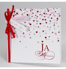 Buromac-Papillons Feestelijke aankondiging met rode hartjes Ja wij trouwen